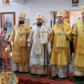 Четыре архиерея возглавили Божественную литургия в Кафедральном соборе г. Карасука (видео)
