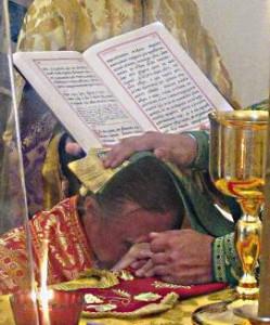 Первая хиротония в Карасукской епархии (видео)