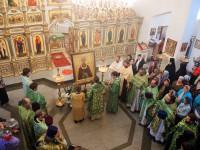 Соборное служение в Кафедральном соборе г. Карасука и иерейская хиротония