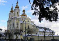 У служителей Винницкого кафедрального собора забрали ключи и выставили новую охрану