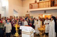 Литургия в Рождественский сочельник в Кафедральном соборе г. Карасука