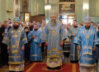 Епископ Филипп принял участие в Божественной литургии в соборе Покрова Пресвятой Богородицы  в Астрахани