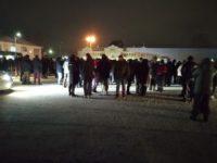 Сотни людей вышли на поиски девочки в Карасуке