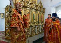 Архиерейская Литургия и вечерня с чином прощения в Кафедральном соборе г. Карасука 1 марта, в день Прощеного воскресения (видео)