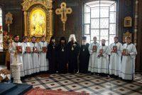 Двух семинаристов из Карасукской епархии посвятили в чтецы
