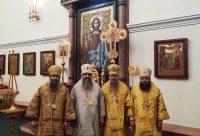 Епископ Филипп принял участие в Литургии в Спасо-Преображенском кафедральном соборе Хабаровска
