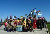 Крестный ход с казаками к месту Ирменского сражения в селе Новопичугово