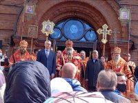 Епископ Филипп принял участие в Божественной литургии в соборе во имя святого благоверного князя Александра Невского