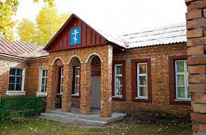Краснозёрский район, с. Веселовка — Храм Покрова Богородицы