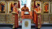 Божественная литургия  9 Мая 2020 г., в День  Великой Победы,  в г. Карасуке (видео)